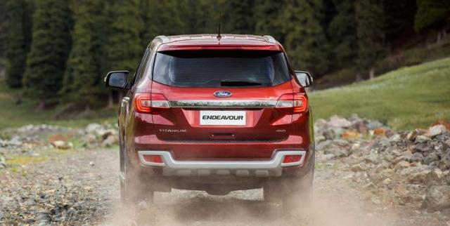 Ford Endeavour 4