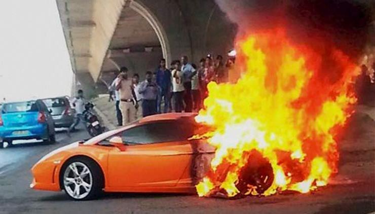 Awesome Lamborghini Burning Idea
