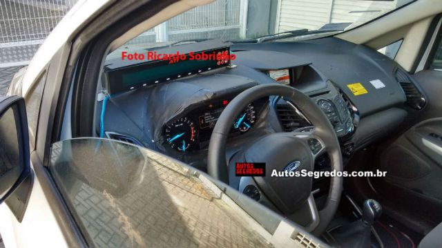 2017 Ford EcoSport interior