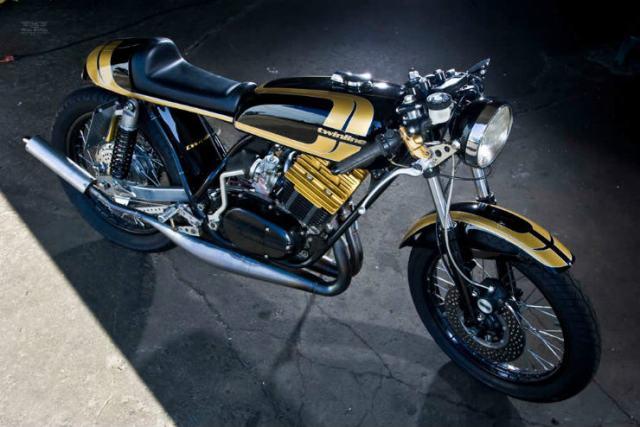 Yamaha-RD350-1-2