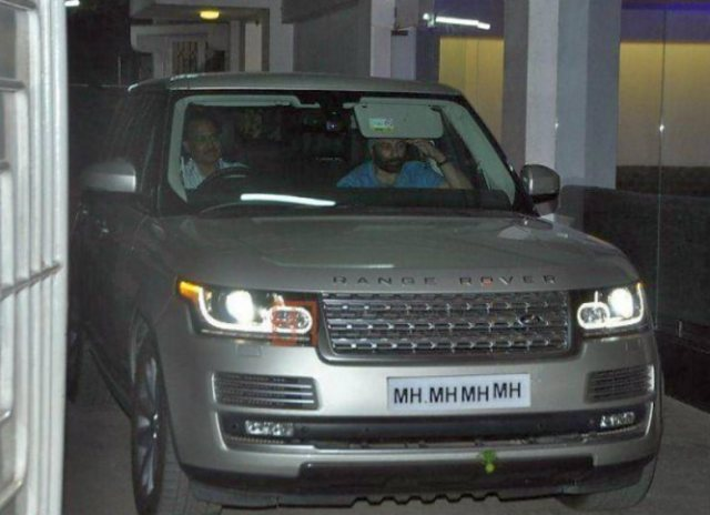 Sunny-Deol-in-his-Range-Rover-Autobiography