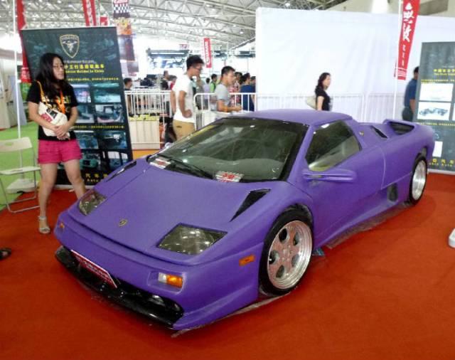 Diablo-VT-is-a-copy-of-Lamborghini-Diablo