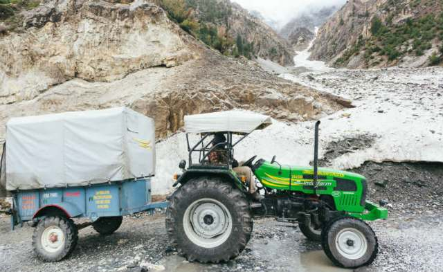 longest-tractor-expedition-ladakh-6072