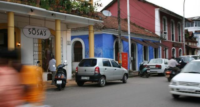 Goa Street Cars