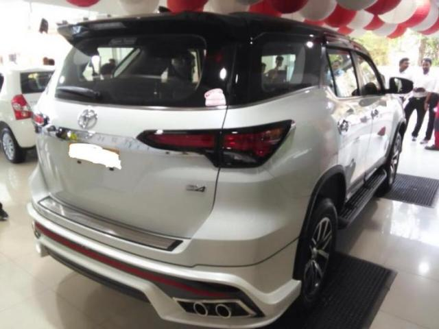 New Toyota Fortuner with Nippon body kit 2