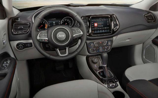 Jeep-Compass-2017-1280-74
