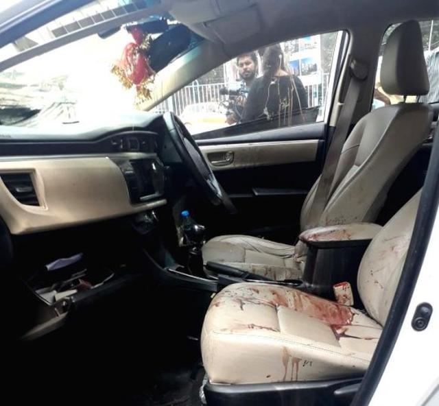Vikram Chatterjee Sonika Chauhan Toyota Corolla Altis Accident 2
