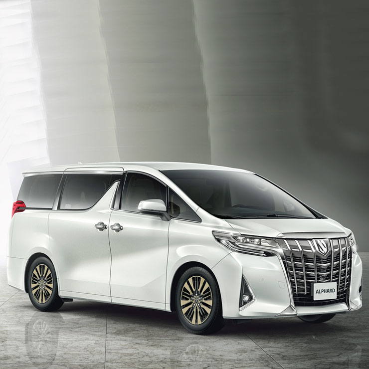 all new alphard facelift toyota camry india innova s big brother may actually come to here is why