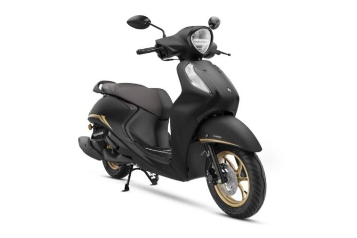 भारत का पहला हाइब्रिड स्कूटर - Yamaha Fascino 125 Fi - बिक्री पर जाता है