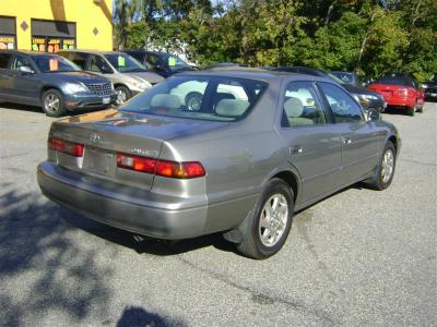 1999 Toyota Camry LE for sale, Salem MA, 6 Cylinder,BROWN ...