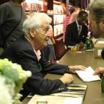 Harry Benson – The Beatles Book Signing at Taschen
