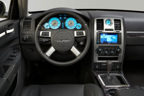 small resolution of 2010 chrysler 300 s8 interior