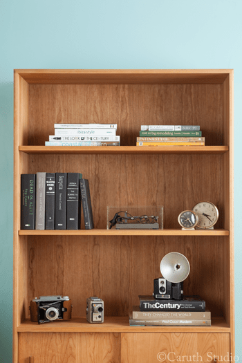 How-to-style-a-bookcase-step-4