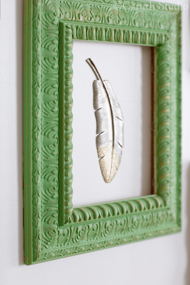 Rectangular-painted-frame-with-feather