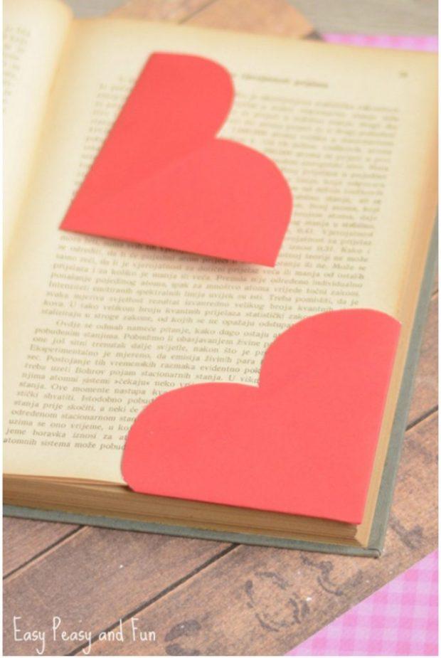 Adorable Heart Corner Bookmarks