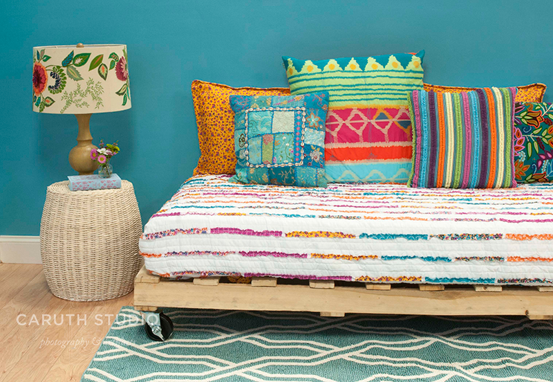 Easy DIY Ideas: Pallet and Crate Furnishings