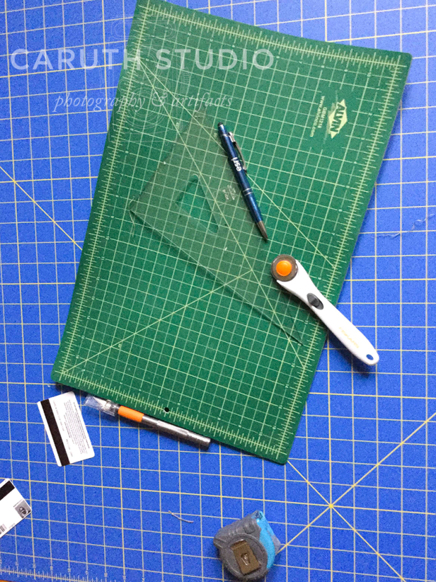 Tools for papering