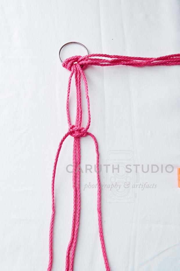 Adding straight knots