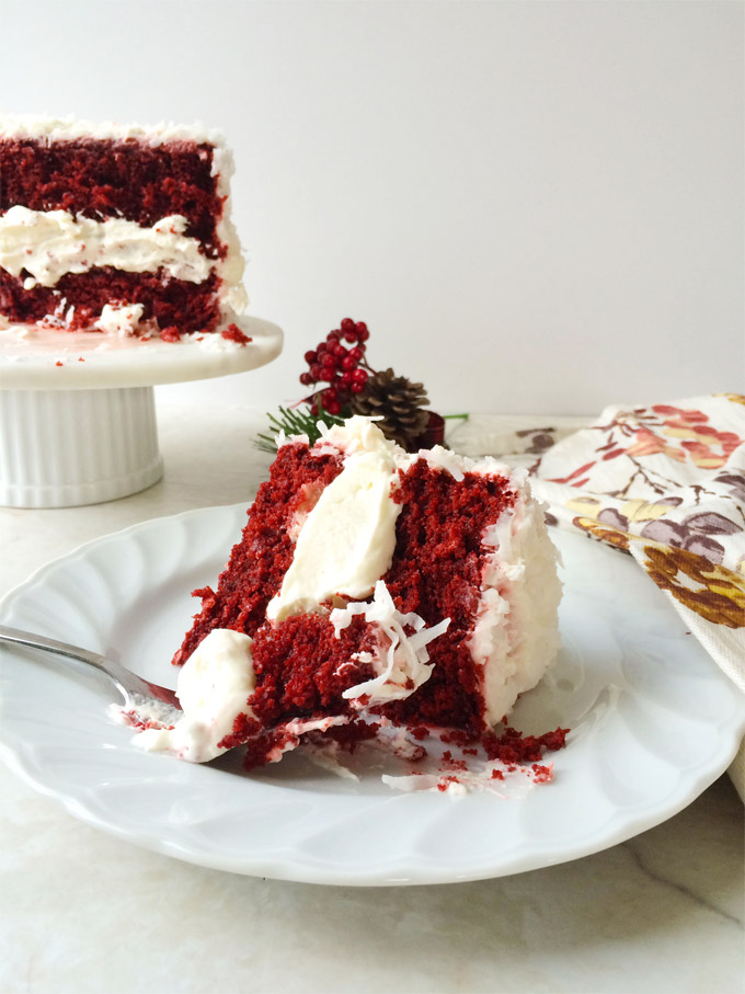 eggless red velvet cake/snow globe cake