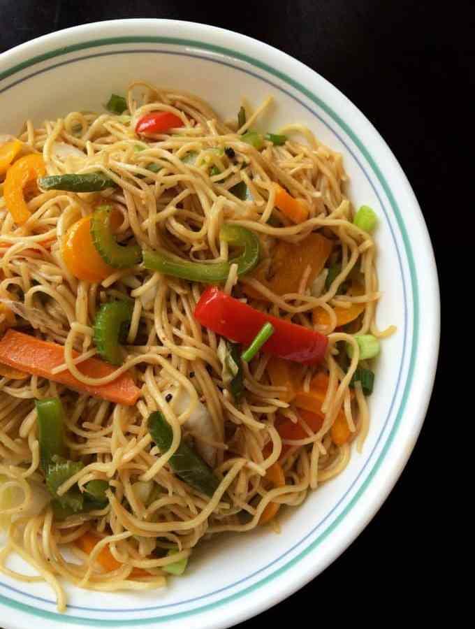 Perfect Veg Hakka noodles – Indo Chinese