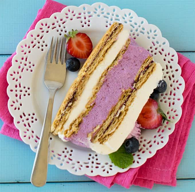 No bake mixed berries icebox cheesecake – eggless