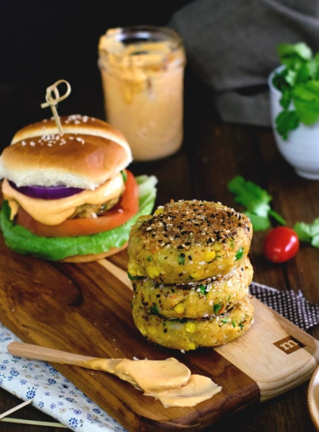 veggie-aloo-tiki-burger