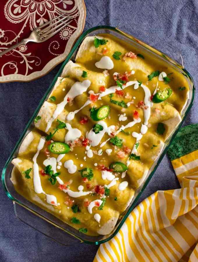 Vegan enchiladas verdes (green sauce)