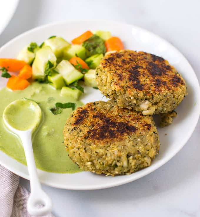 Quinoa paneer patties with green dip