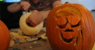 pumpkin carving design