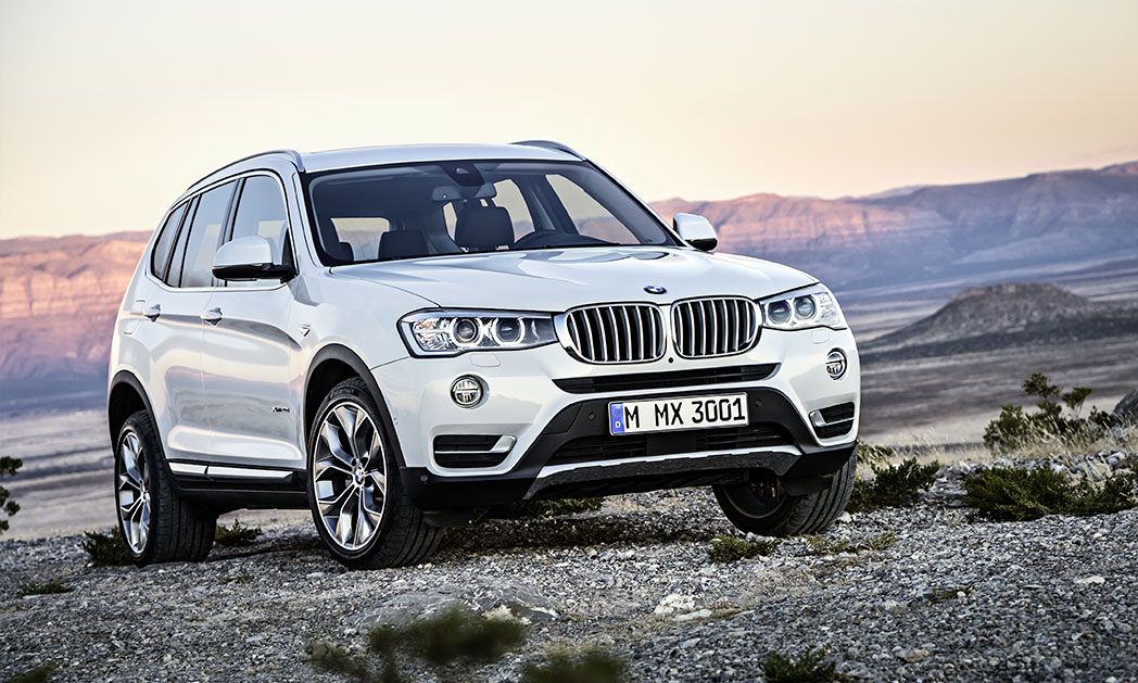 https://i0.wp.com/www.carvisionnews.com/wp-content/uploads/2015/10/cvr-10-02-15-bmw-x3-marks-the-spot-with-its-sports-activity-suv.jpg?fit=1048%2C629