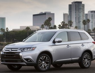 Mid-Sized Mitsubishi Outlander GT Delivers Big In A Mid-Sized Package
