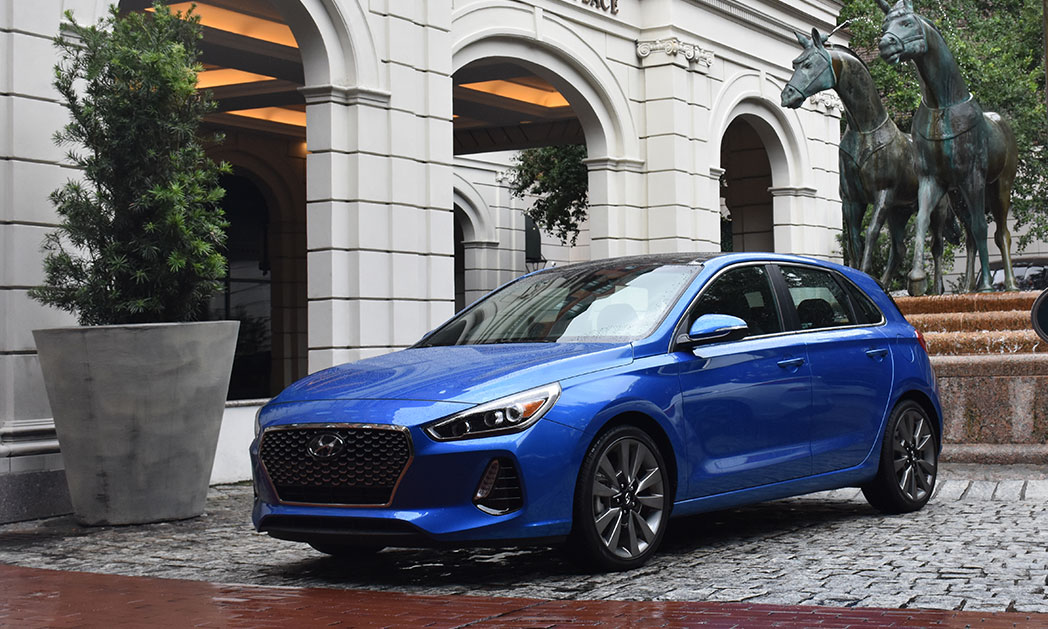 https://i0.wp.com/www.carvisionnews.com/wp-content/uploads/2017/08/hyundai-gets-traction-with-new-elantra-gt-and-sport-editions.jpg?fit=1048%2C629&ssl=1