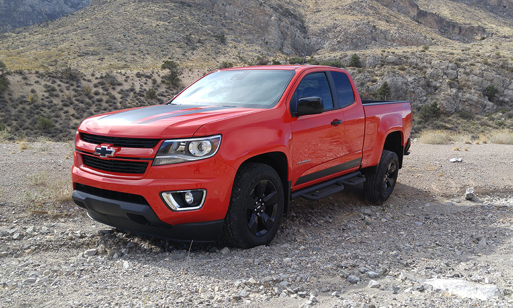 https://i0.wp.com/www.carvisionnews.com/wp-content/uploads/2017/11/chevrolet-colorado-zr2-offers-brawn-without-bulk.jpg?fit=1048%2C629