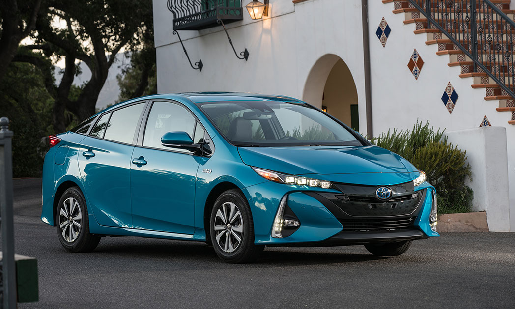 https://i0.wp.com/www.carvisionnews.com/wp-content/uploads/2018/02/the-toyota-prius-prime-captures-market-share-with-tech-tradition.jpg?fit=1048%2C629&ssl=1