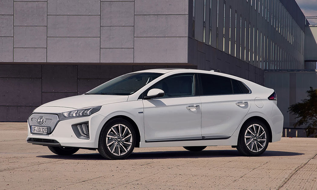 https://i0.wp.com/www.carvisionnews.com/wp-content/uploads/2019/09/2020-hyundai-ioniq.jpg?fit=1048%2C629