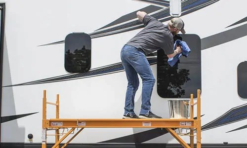 scaffolding for washing trucks and RVs