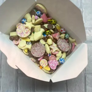 "Carway's Candy ""Thinking of You on Mother's Day"" Pick & Mix Box"