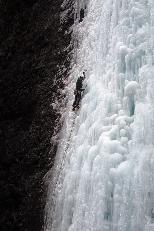 Jason Bailey starting up Excalibur. Vertical for 40m, 2 different lines and fantastically mushroomed ice characterise this climb.