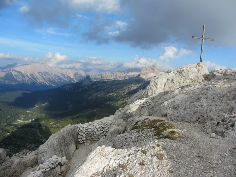 The summit - it's a great place with room for a nice lunch and tremendous 360 views.