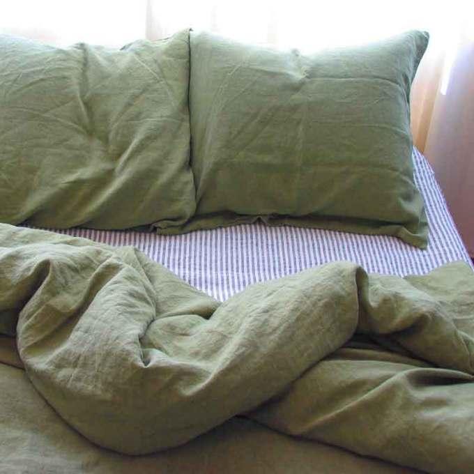 Donkergroen stonewashed linnen dekbedovertrek Woodland Green van het merk Casa Homefashion - online te koop bij Casa Comodo