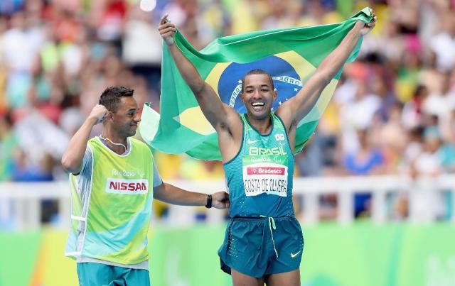 No salto em distância, Ricardo Costa dá primeiro ouro ao Brasil