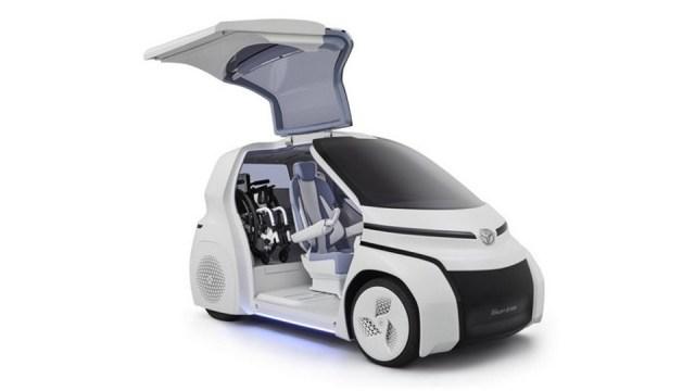 /ra/pequena/Pub/GP/p4/2017/10/24/Automoveis/Imagens/Vivo/Toyota Concept i-Ride 2.jpg