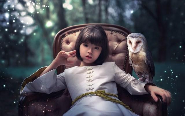 Personagens como coruja, gigante e anão contam história ao lado de Valentina (Foto: Tatane Borges)