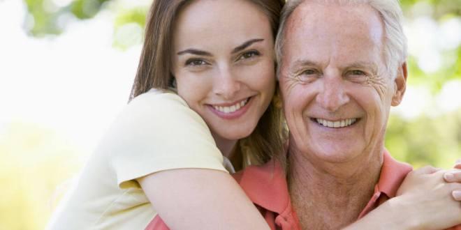 Conheca as vantagens de ter sexo com uma mulher mais nova