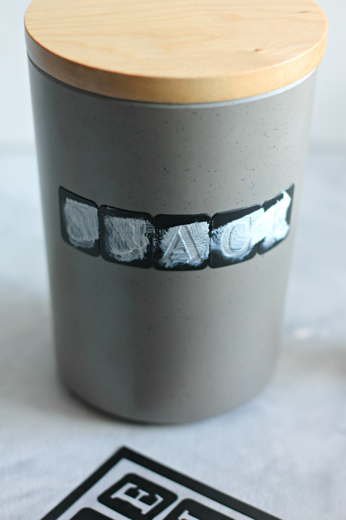 DIY Dog Treat Container4