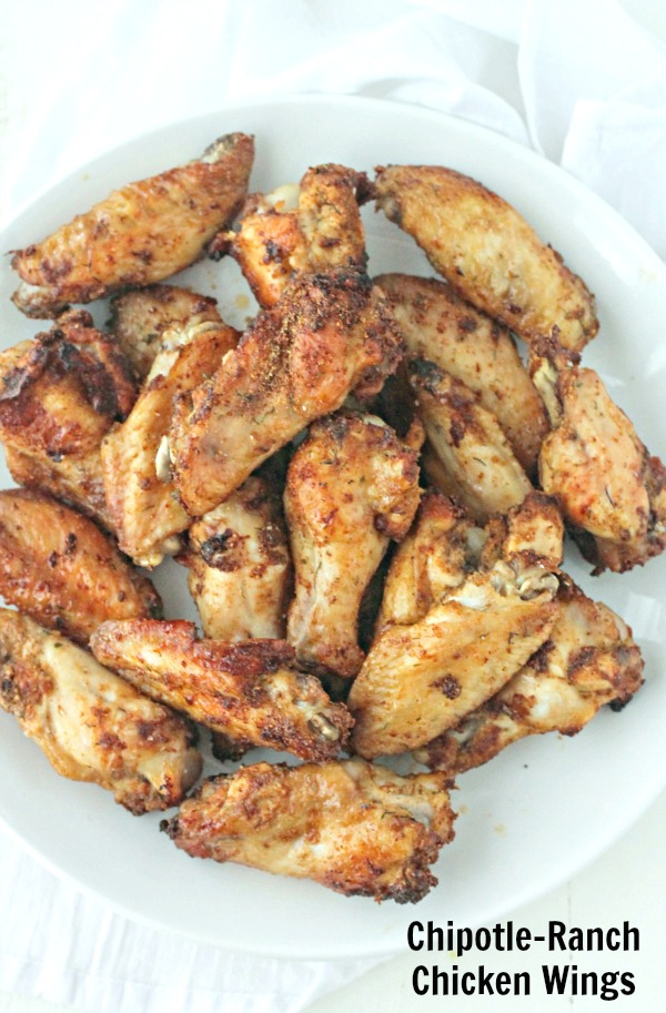 Chipotle Ranch Wings | casadecrews.com