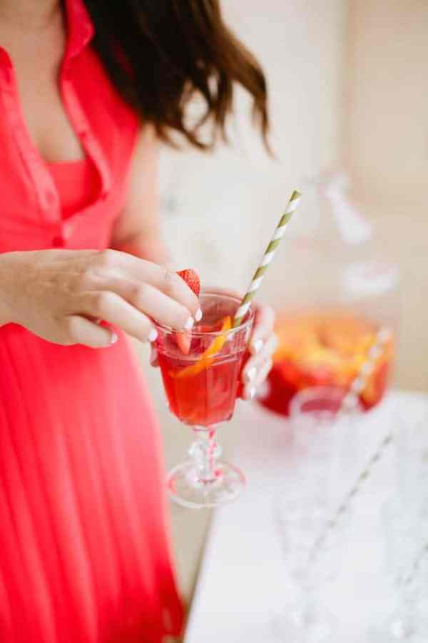 Sparkling Grapefruit Sangria recipe | casadecrews.com