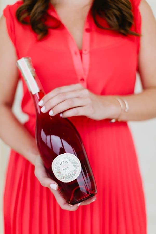 Sparkling Grapefruit Sangria recipe | casadecrews.com