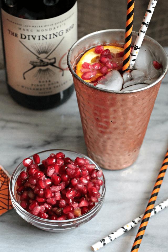 Pomegranate Pinot Punch | casadecrews.com