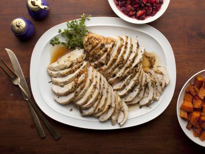 Complete Thanksgiving Menu | casadecrews.com